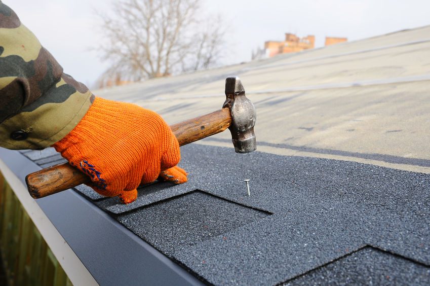When you let Tennessee Roofing and Construction install a new roof on your Chattanooga home, you know it'll be built to last, with a 2-year performance guarantee.