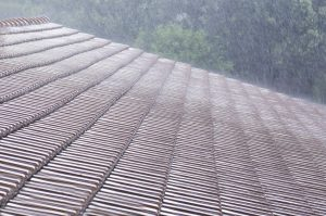 Summer Storms & Your Chattanooga Roof– Avoid Storm Damage this Season